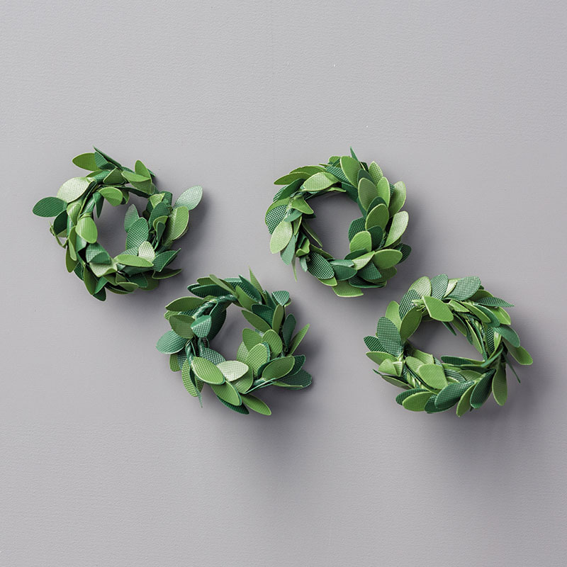 Boxwood Wreaths Embellishments